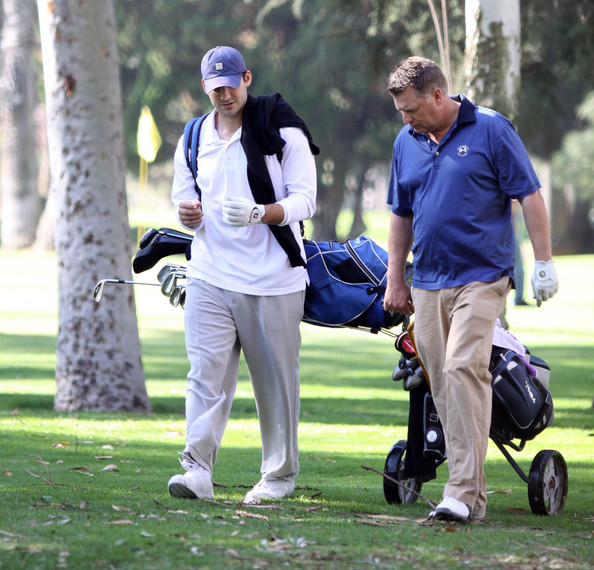 Tony+Romo+Playing+Golf+Jessica+Father+Joe+_ms6Eusqhgdl